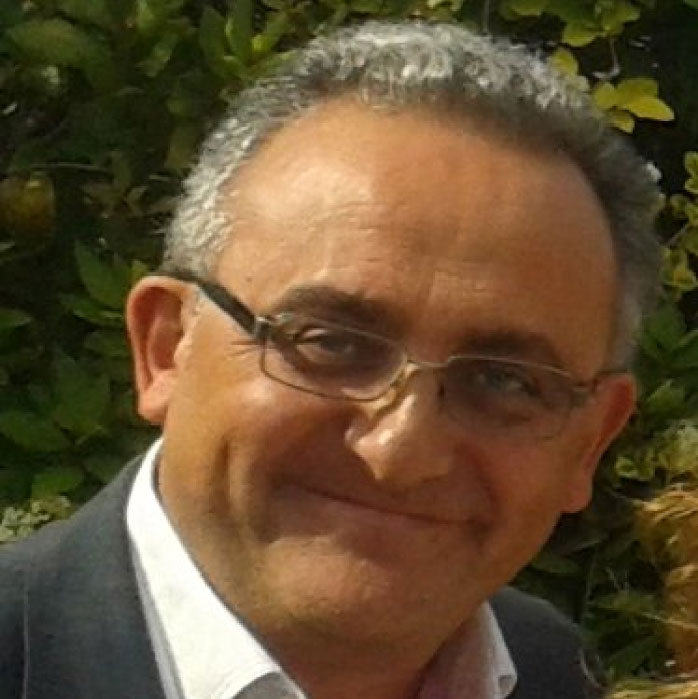 Prof. Dr. Alejandro Cifuentes